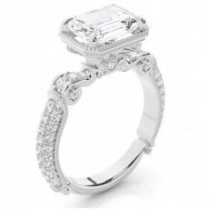 Anillo De Compromiso De Diamantes Con Esmeralda Engastado De 4 Clavijas
