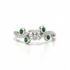 Designer Vintage Round Shaped Emerald Fashion Ring