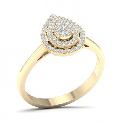 Anello Con Micro Pavé Di Diamanti Rotondi A Grappolo