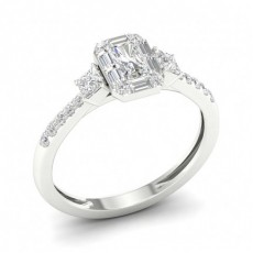 Klo Innfatning Smaragd Diamant Trilogi Ring
