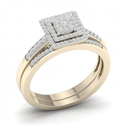 Anello Con Micro Pavé Di Diamanti Tondi A Grappolo Con Fascia Abbinata
