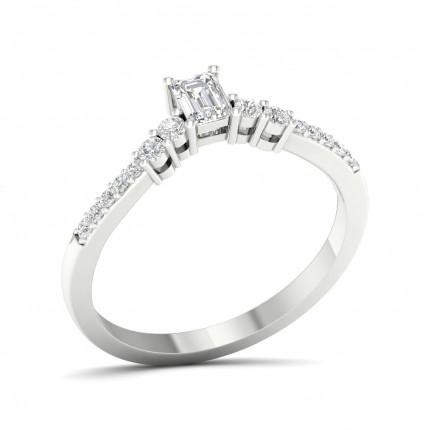 Anillo De Compromiso De Piedra Lateral Con Diamantes Redondos Con Montura De Clavijas