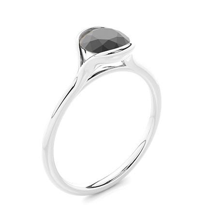 Semi Bezel Ställa in Solitaire Black Diamond Engagement Ring